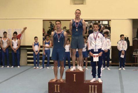 Лука Милојевић се окитио са чак шест златних медаља на државном првенству Србије
